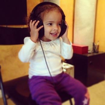 Harper Sings
